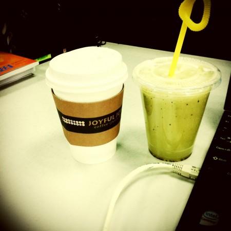 咖灰+果汁陪我加班